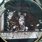 Вышивка Barnyard Kitties